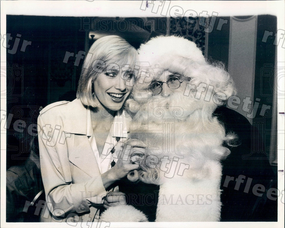 1984 Chicago, Illinois Model Adrienne Leigh & Santa Press Photo adv147 - Historic Images