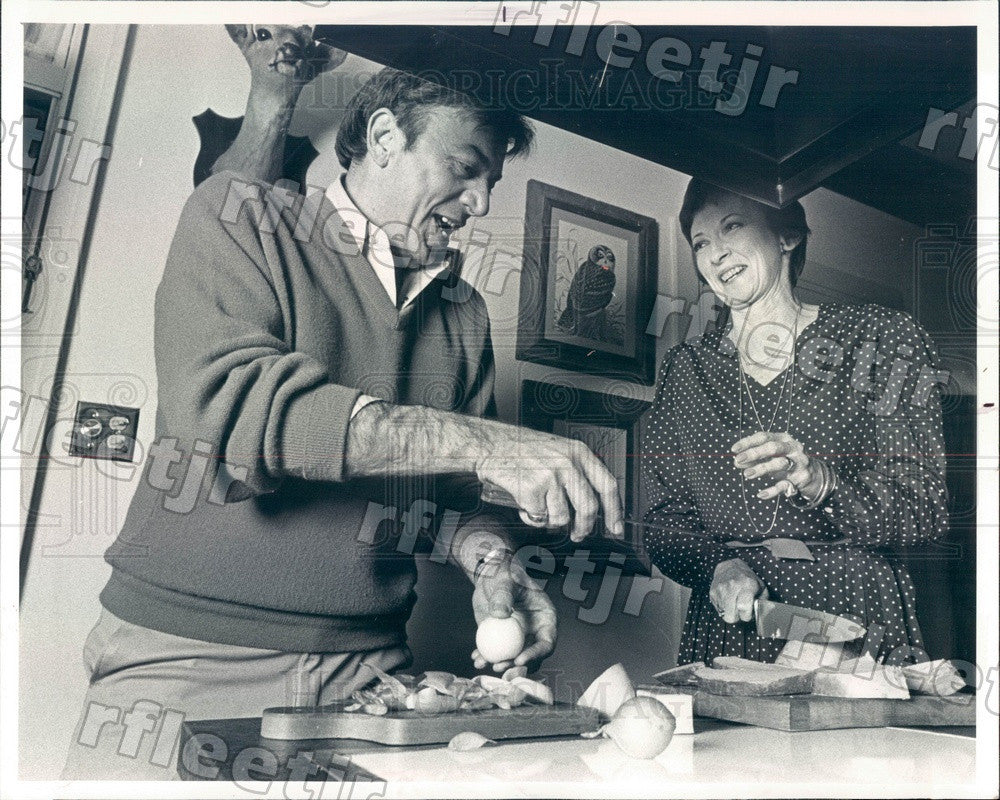 1980 Chicago, IL Cookbook Authors John Leckel & Agnes Feeney Press Photo adv211 - Historic Images