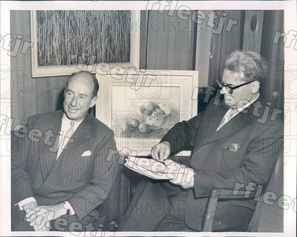 1958 Dutch Artist Henk Bos & IL Gov Adlai Stevenson Press Photo adv341 - Historic Images