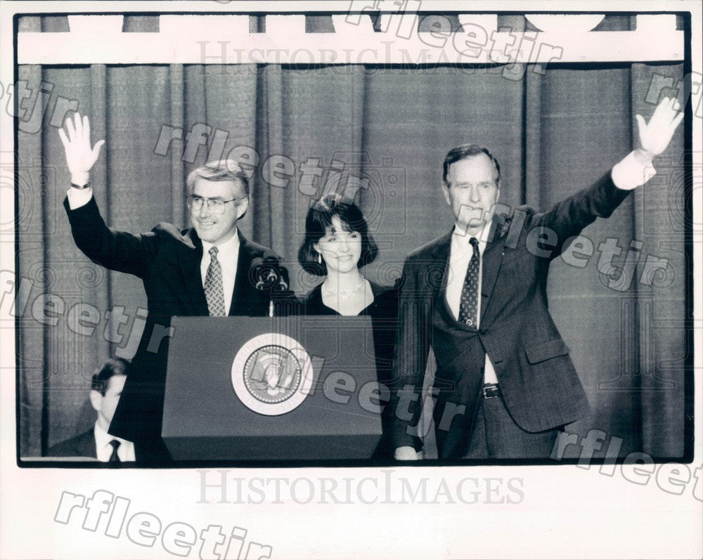 1990 US President George Bush, IL Sec of State Jim Edgar Press Photo adv379 - Historic Images