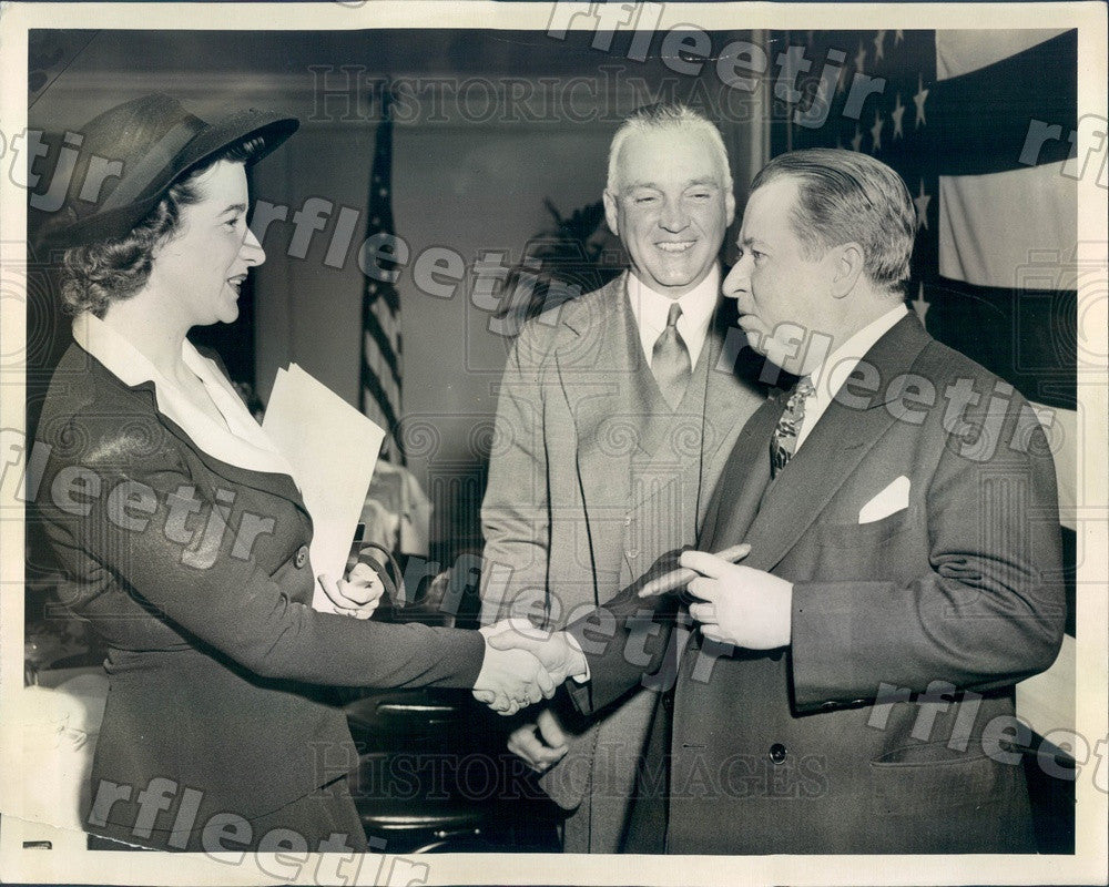 1942 Chicago Sun Publisher Marshall Field & Selman Evans Press Photo adv551 - Historic Images