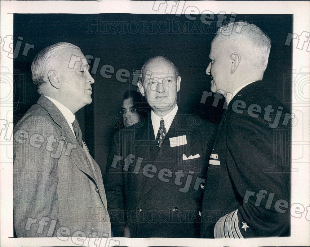 1946 Naval Operation Chief Adm Chester Nimitz, Marshall Field Press Photo adv579 - Historic Images