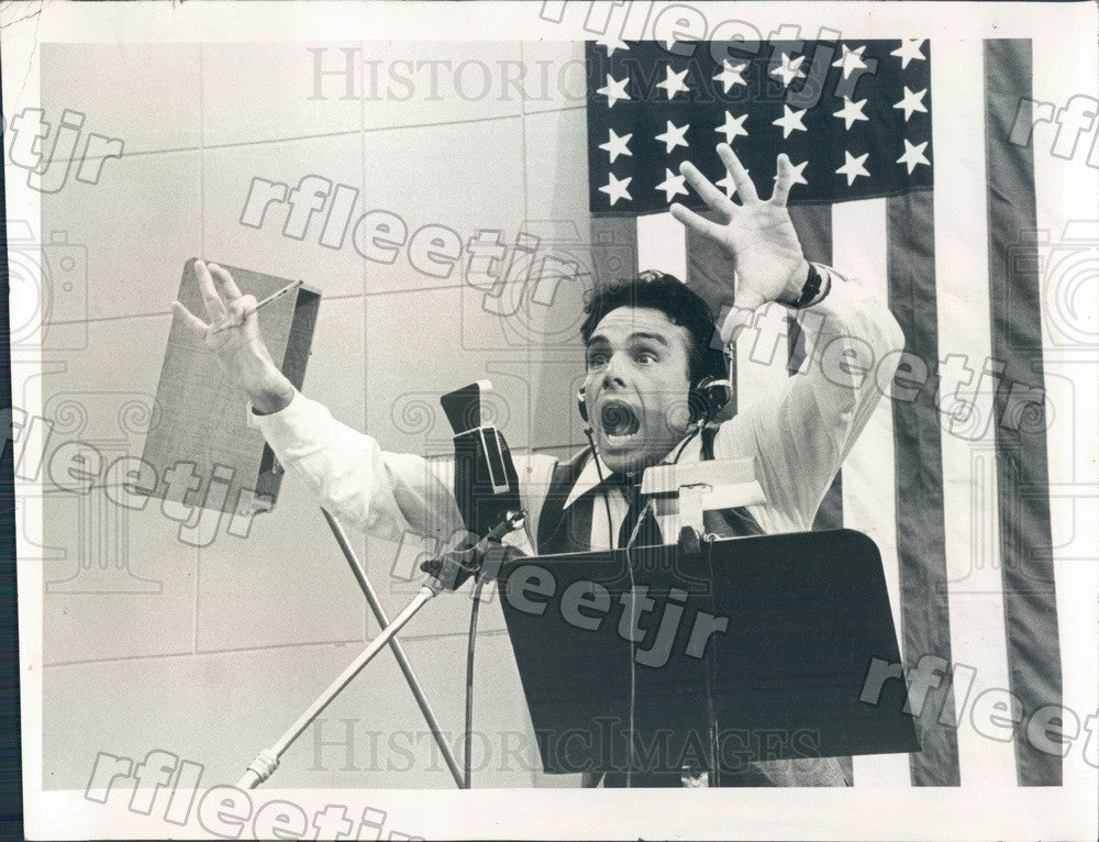 1975 Actor Paul Shenar in The Night That Panicked America Press Photo adw105 - Historic Images