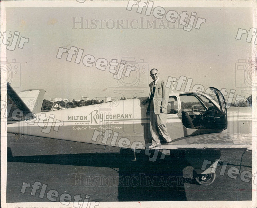 1955 St. Petersburg, Florida Robert Sheen of Milton Roy Co Press Photo adw197 - Historic Images