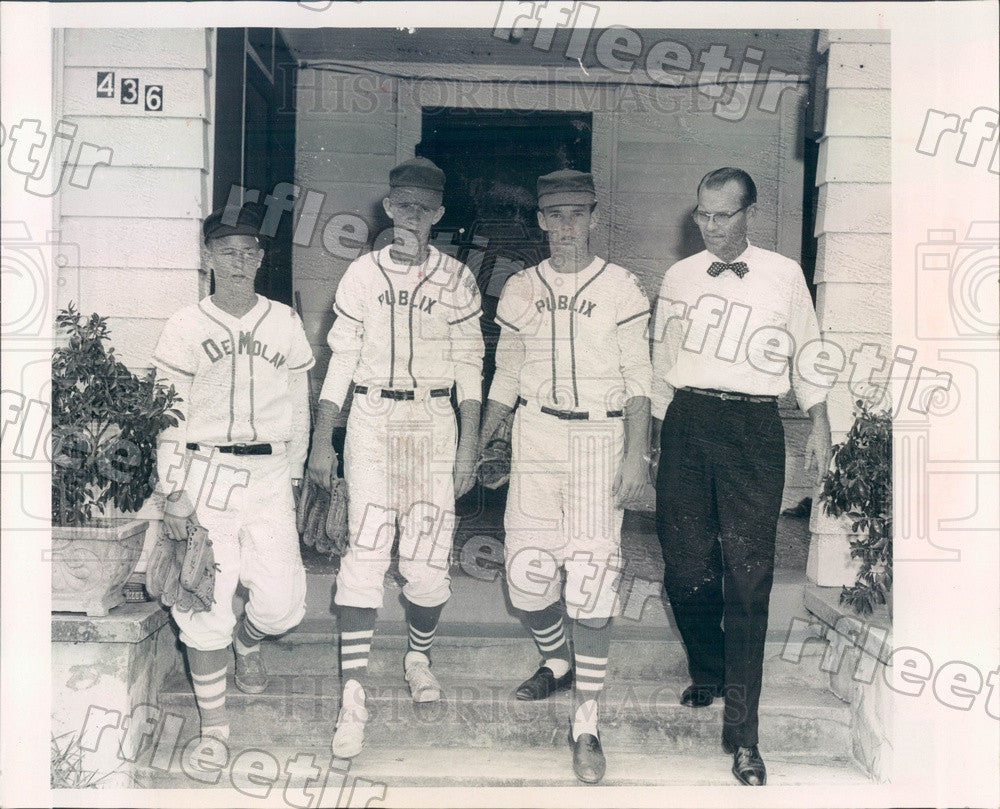 1967 Tarpon Springs, Florida Tommy, Terry & Tony Shell Press Photo adw41 - Historic Images