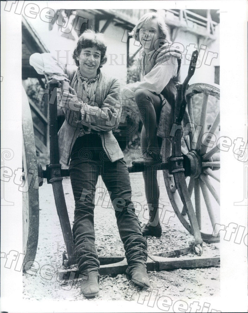 1982 Actors Chris Makepeace & Lance Kerwin on PBS Show Press Photo adw419 - Historic Images