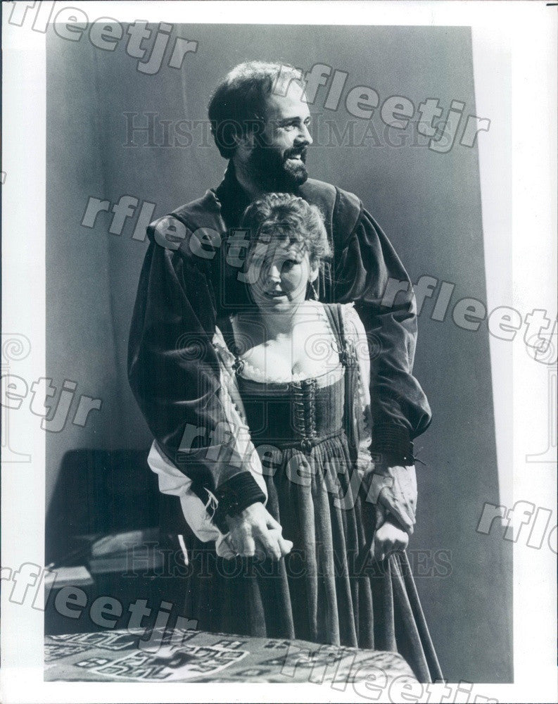 1981 British Actors John Cleese & Sarah Badel Press Photo adw465 - Historic Images