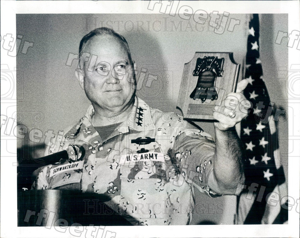 1991 US Army General Norman Schwarzkopf, US Central Command Press Photo adw491 - Historic Images