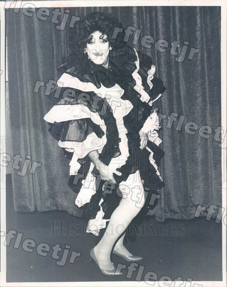 1991 Chicago, WGN's Al Lerner in Drag for La Cage Aux Folles Press Photo adw605 - Historic Images