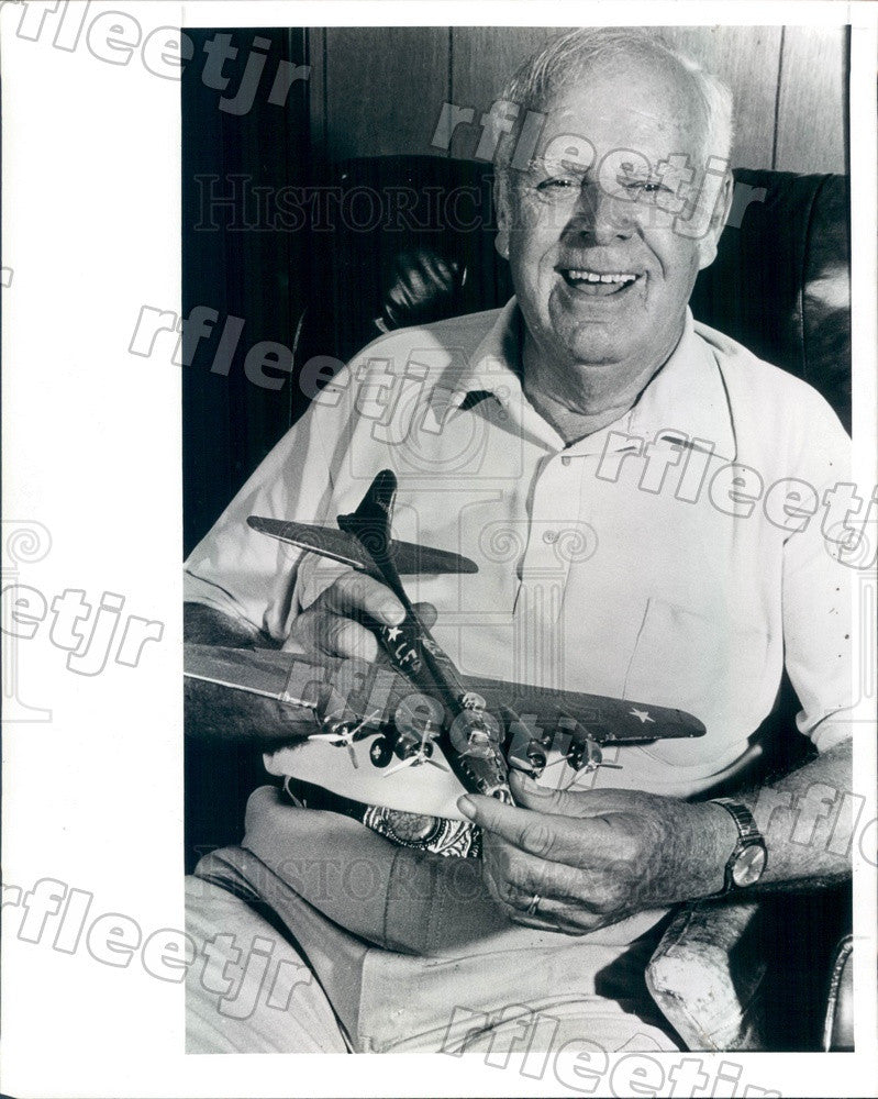 1988 Clearwater, FL US Army Air Corp Lt Bill Shelton, B-17E Press Photo adw85 - Historic Images
