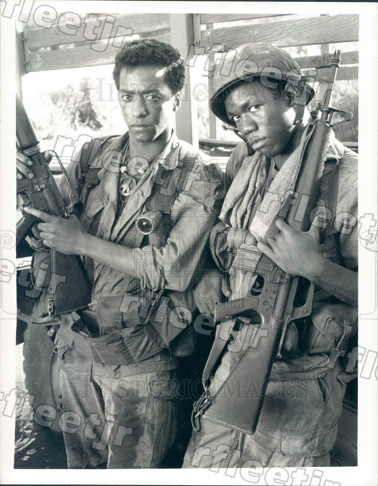 1987 Actors Stan Foster & Miguel Nunez Jr on Tour of Duty Press Photo adx1025 - Historic Images