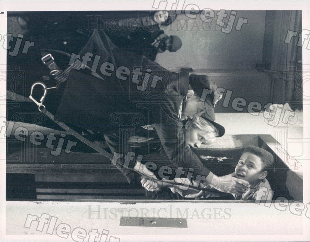 1989 Actors Dick Latessa, Ally Walker, Eugene Byrd on TV Show Press Photo adx825 - Historic Images