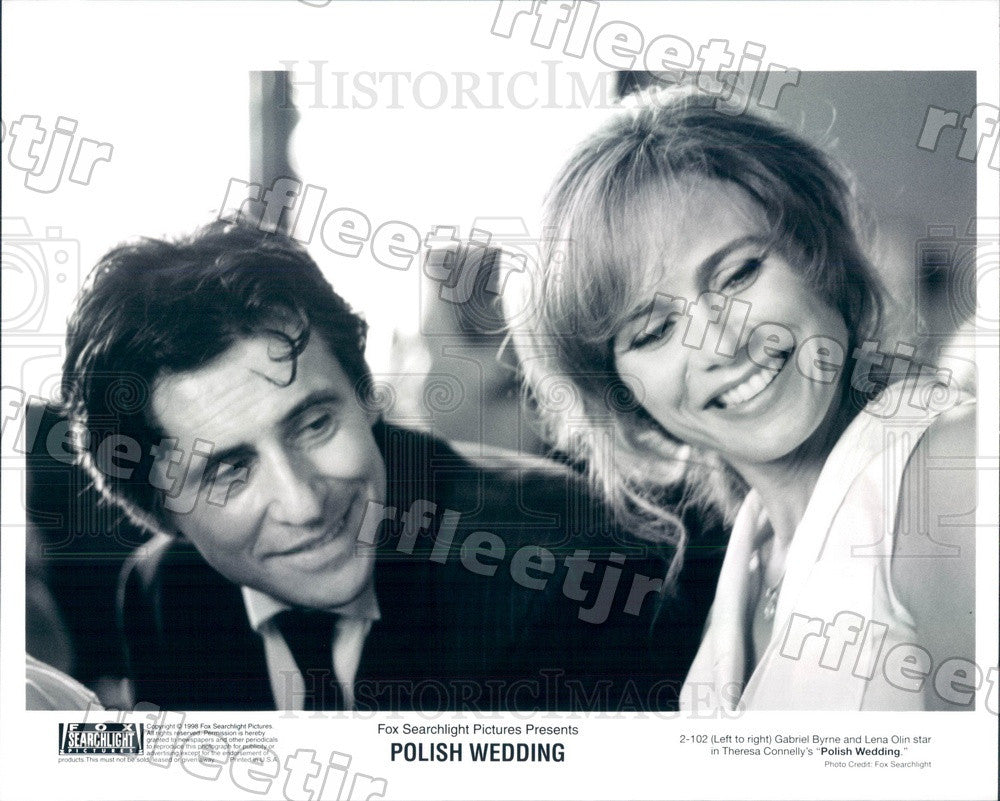 1998 Actors Gabriel Byrne & Lena Olin in Film Polish Wedding Press Photo adx901 - Historic Images