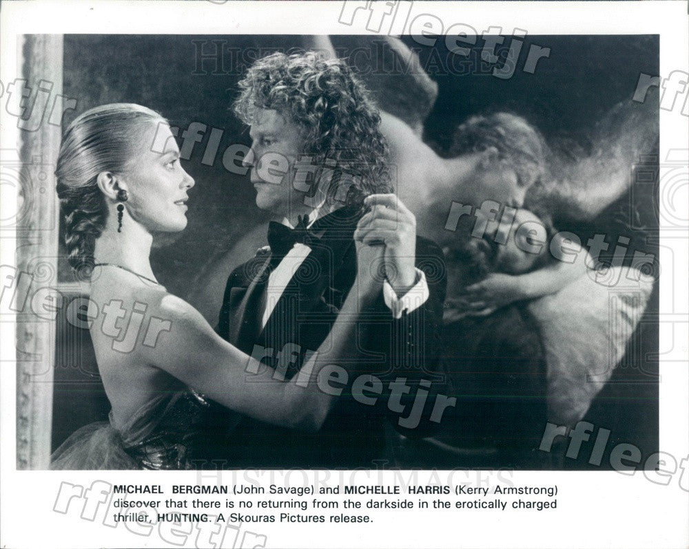 1992 Actors John Savage & Kerry Armstrong in Film Hunting Press Photo ady179 - Historic Images