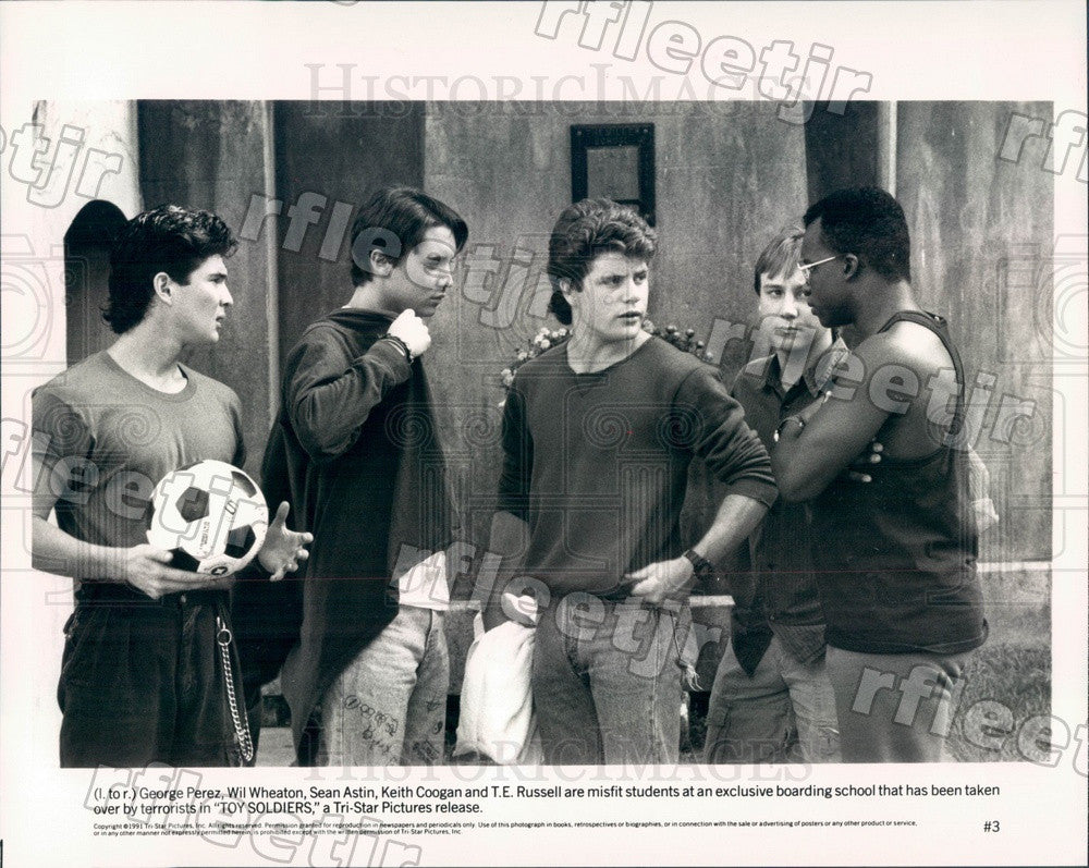 1991 Actors Sean Astin/Keith Coogan/Wil Wheaton/George Perez Press Photo ady377 - Historic Images