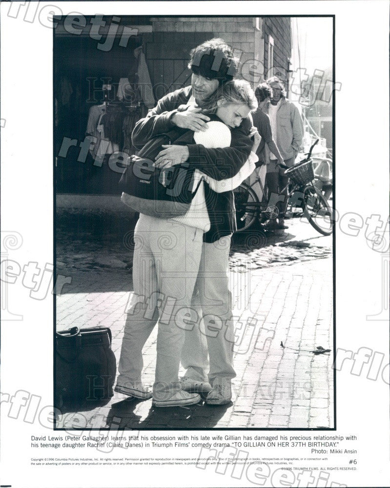 1996 Actors Peter Gallagher & Emmy Winner Claire Danes Press Photo ady479 - Historic Images