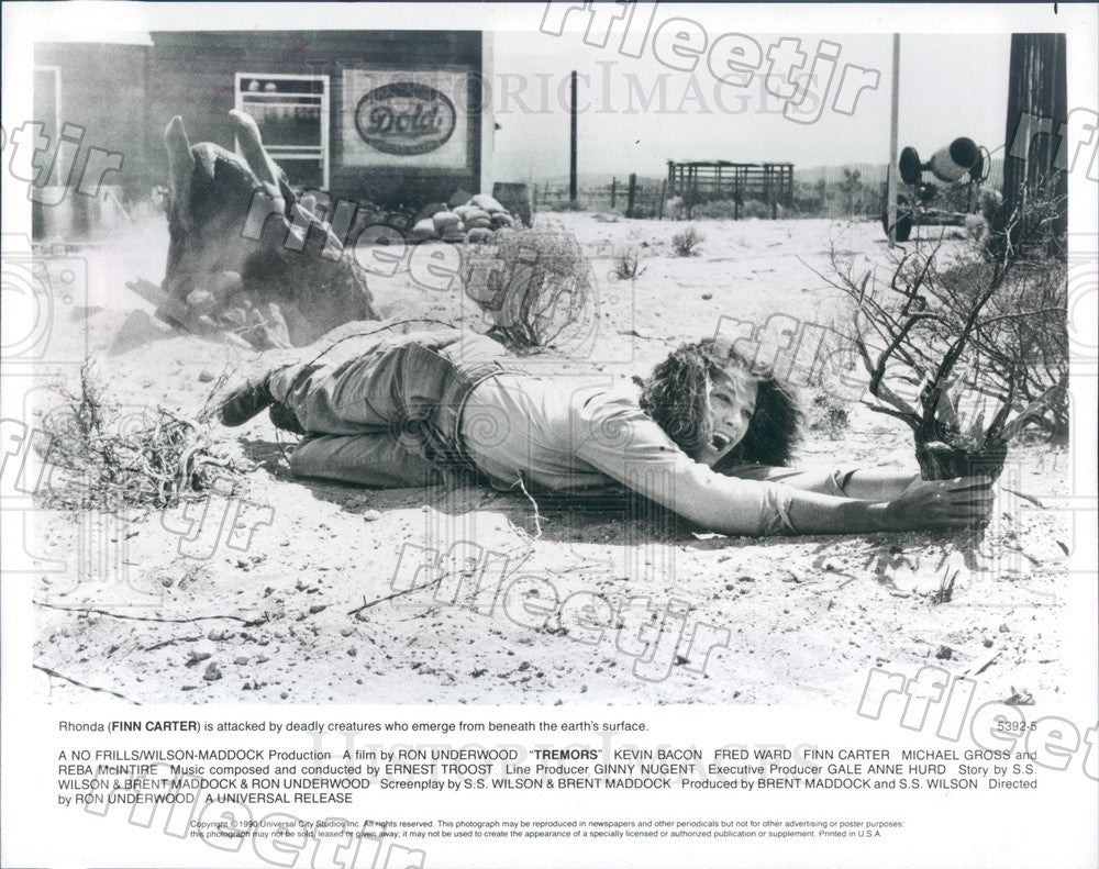 1990 American Actor Finn Carter in Film Tremors Press Photo ady613 - Historic Images
