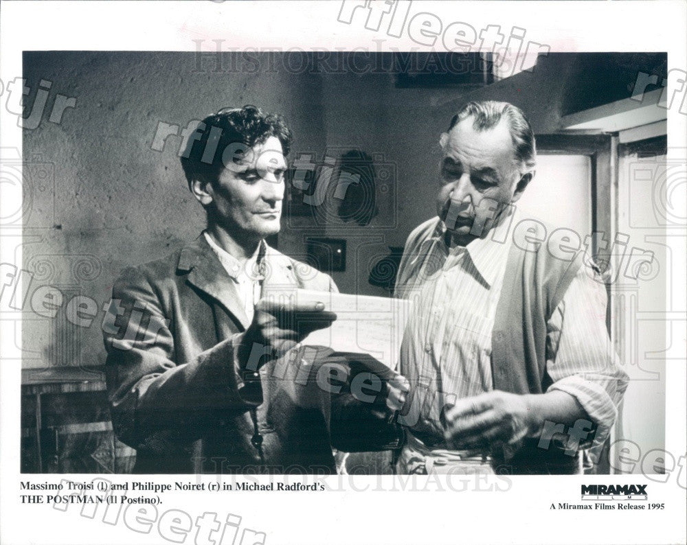 1995 Actors Massimo Troisi, Philippe Noiret in Film Il Postino Press Photo ady75 - Historic Images