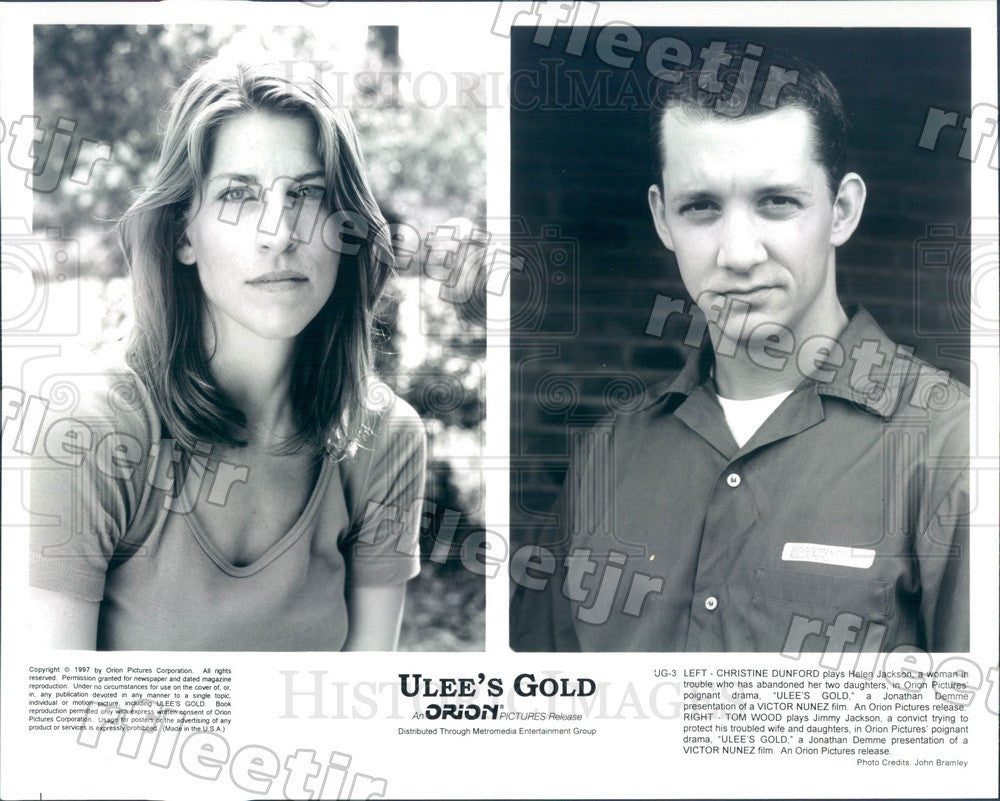 1997 Actors Christine Dunford & Tom Wood in Film Ulee's Gold Press Photo ady757 - Historic Images