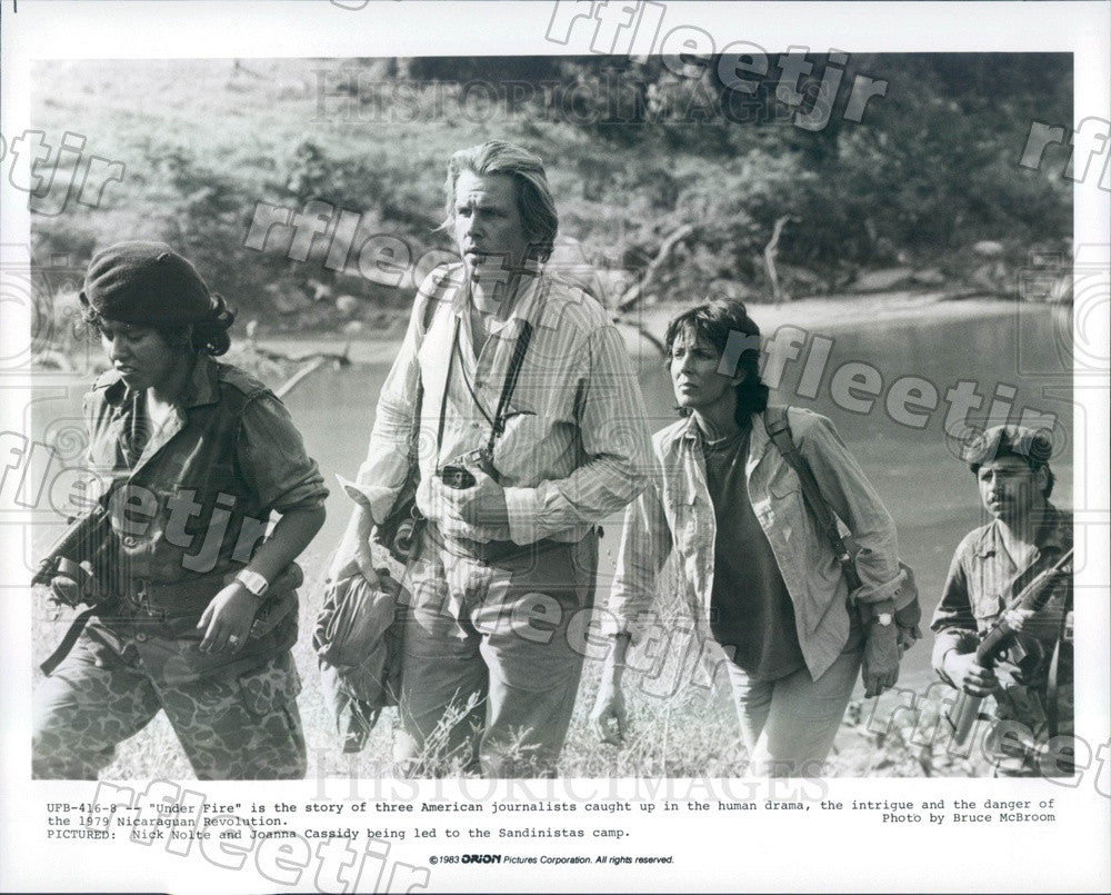 1983 Actors Nick Nolte & Joanna Cassidy in Film Under Fire Press Photo ady763 - Historic Images