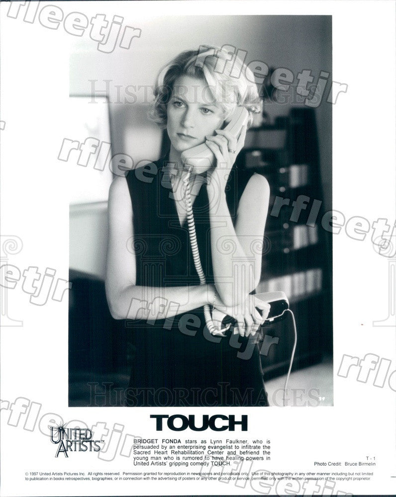 1997 American Actress Bridget Fonda in Film Touch Press Photo ady811 - Historic Images