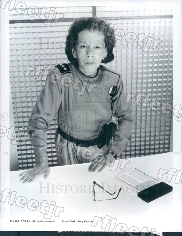 1992 Oscar Winning Actor Linda Hunt on TV Show Space Rangers Press Photo adz111 - Historic Images