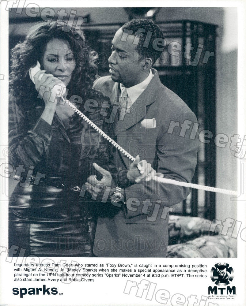Undated Actors Pam Grier & Miguel Nunez Jr on TV Show Sparks Press Photo adz125 - Historic Images