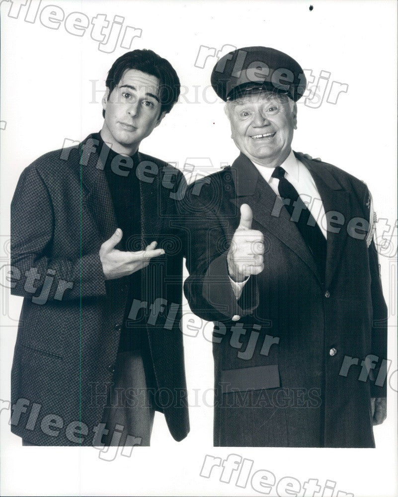 1996 Actors Jonathan Silverman & Oscar Winner Ernest Borgnine Press Photo adz225 - Historic Images