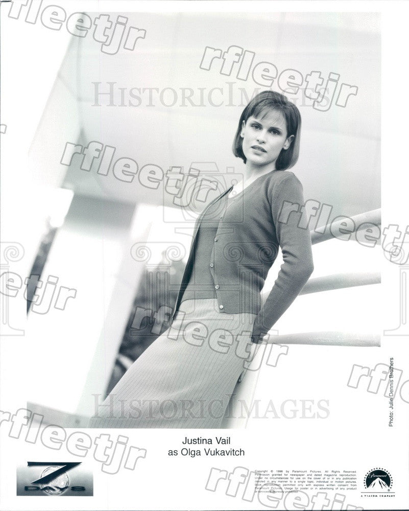 1998 British Actress Justina Vail on TV Show Seven Days Press Photo adz261 - Historic Images