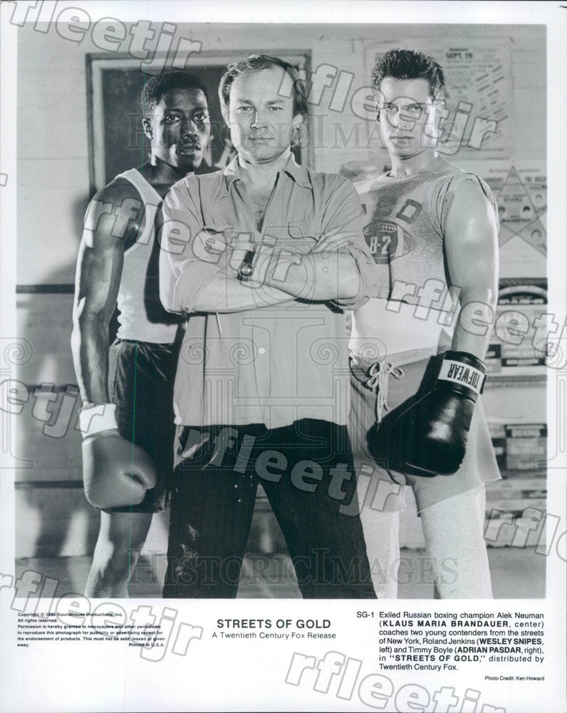 1986 Actor Klaus Maria Brandauer, Wesley Snipes/Adrian Pasdar Press Photo adz271 - Historic Images