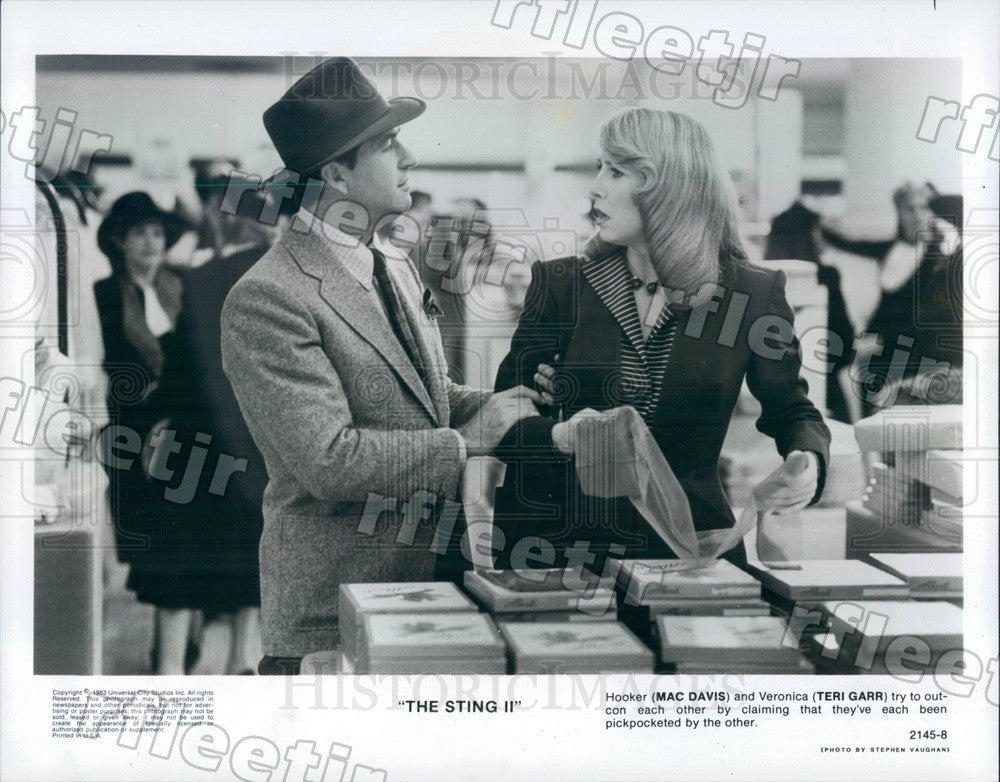 1983 Actors Mac Davis & Teri Garr in Film The Sting II Press Photo adz295 - Historic Images