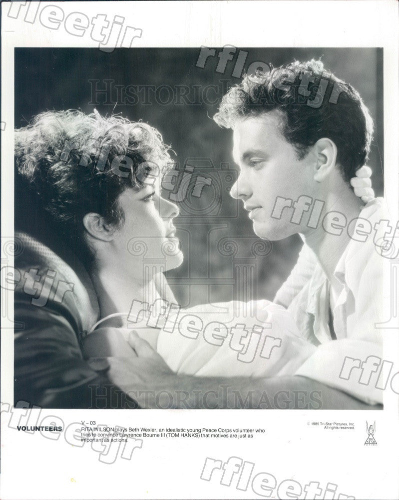 1985 Oscar Winning Actor Tom Hanks, Rita Wilson in Volunteers Press Photo adz383 - Historic Images