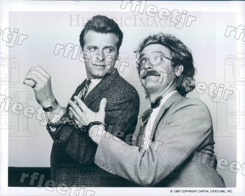 1987 Actors David Rasche & Mark Blankfield on Sledge Hammer! Press Photo adz423 - Historic Images