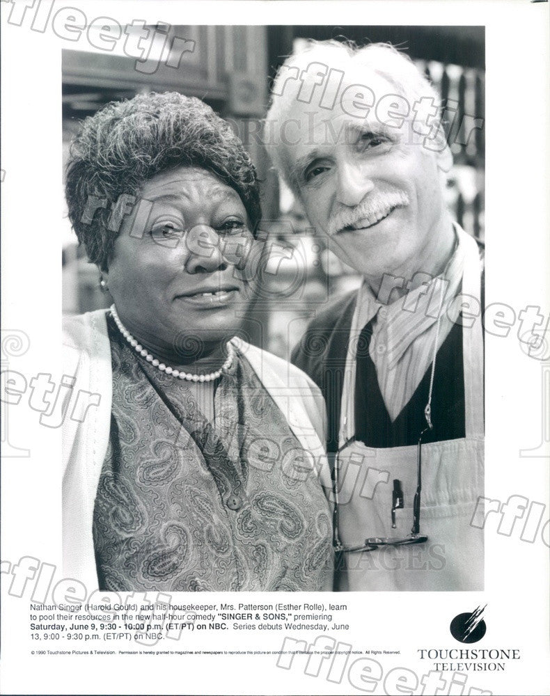 1990 Actors Harold Gould & Esther Rolle on Singer & Sons Press Photo adz481 - Historic Images