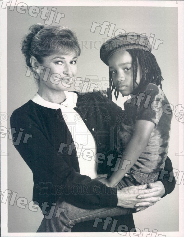 1989 Actors Stephanie Beacham & Joel Robinson on Sister Kate Press Photo adz507 - Historic Images