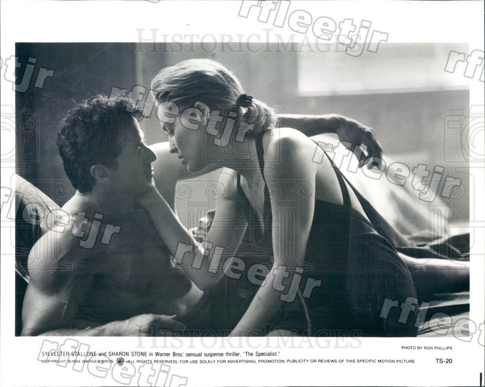 1994 Actors Sharon Stone & Sylvester Stallone in Film Press Photo adz571 - Historic Images