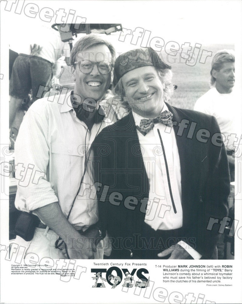 1992 Actor Robin Williams & Producer Mark Johnson Filming Toys Press Photo adz61 - Historic Images