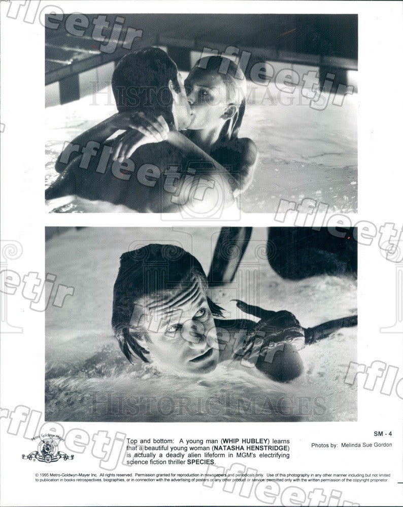 1995 Actors Whip Hubley & Natasha Henstridge in Film Species Press Photo adz79 - Historic Images