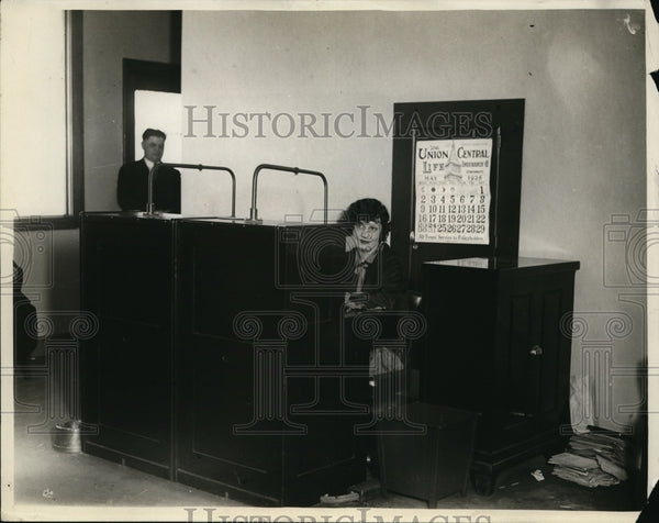 Press Photo Prosecutors phone exchange - New Sta. New Lillian McGuity - Historic Images