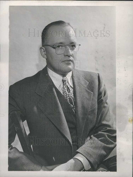 1946 Press Photo Ted R. Smits sports editor AP - Historic Images