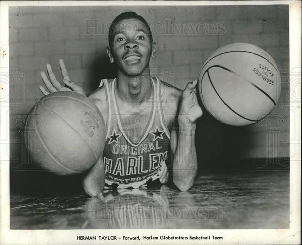 1957 Press Photo HERMAN TAYLOR Basketball Player - Historic Images