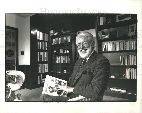 1992 Press Photo Roy Slade Saarinen Cranbrook president - Historic Images