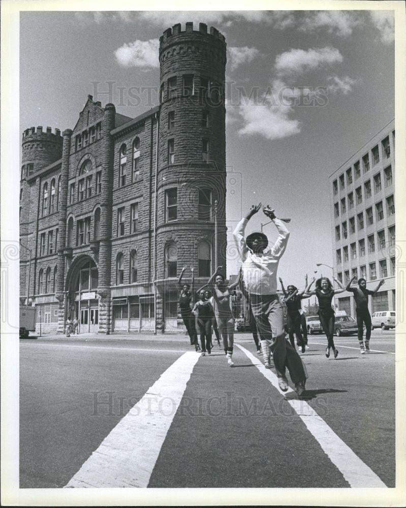 Press Photo Fears Clifford Dance Theatre - Historic Images