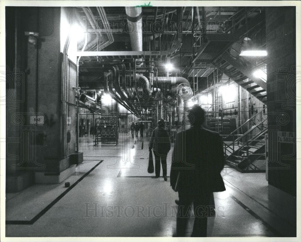 1986 Press Photo Fermi Power Plant II reactor employees - Historic Images