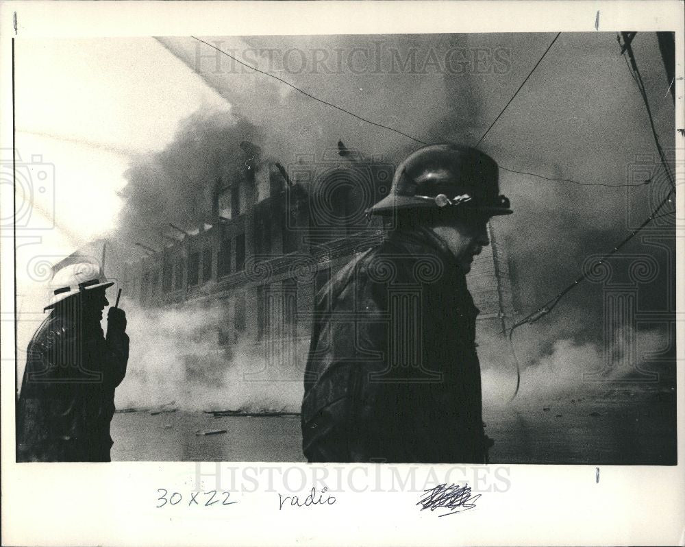 1987 Press Photo Fire 1987 Detroit Blaze Five Alarm - Historic Images