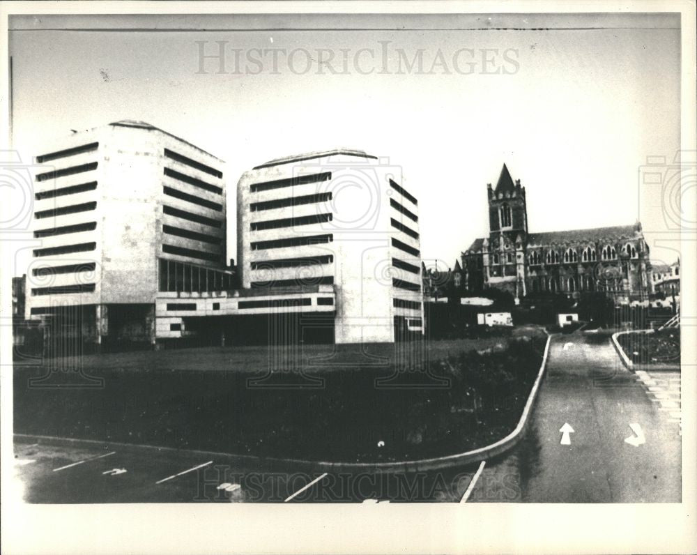 1988 Press Photo Dublin Ireland City Hall Christchurch - Historic Images