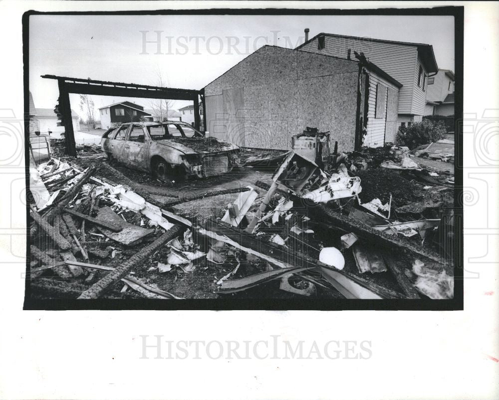 1990 Press Photo Fire, rapid oxidation - Historic Images