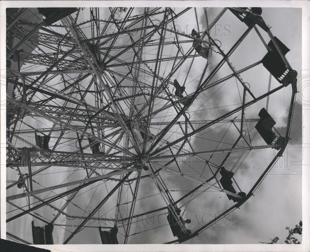 1954 Press Photo Ferris Wheel Amusements - Historic Images
