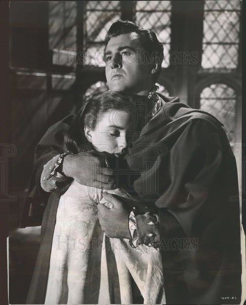 Press Photo Stewart Granger Young Bess Film Review - Historic Images