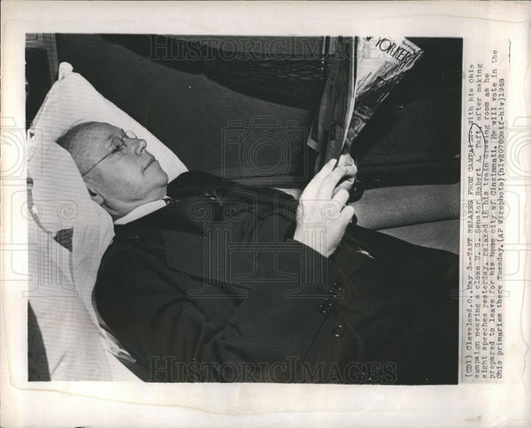 1948 Press Photo Taft relaxes from campaign - Historic Images
